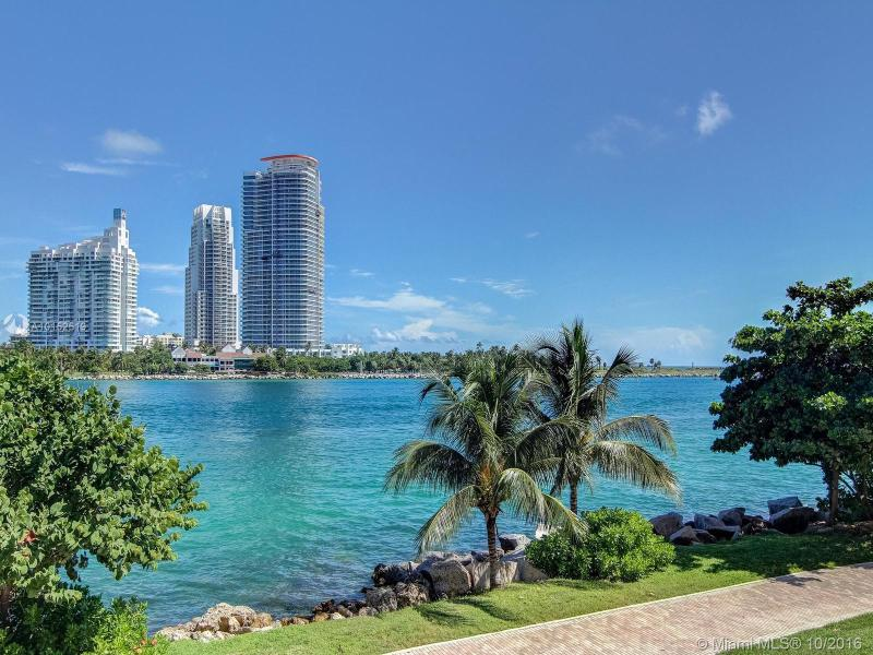 For Sale at  7111   Fisher Island Dr #7111 Fisher Island  FL 33109 - Palazzo Del Mare - 4 bedroom 5 bath A10152519_4