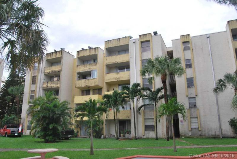 Miami Lakes Condo/Villa/Co-op/Town Home A10157019