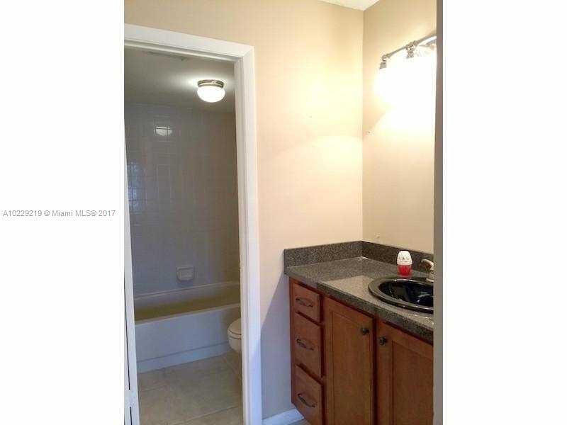 218  Lake Pointe Dr  Unit 103 Oakland Park, FL 33309-3581 MLS#A10229219 Image 8