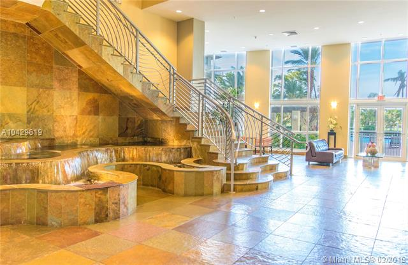 Imagen 10 de Residential Rental Florida>Hallandale>Broward      - Rent:2.100 US Dollar - codigo: A10429819