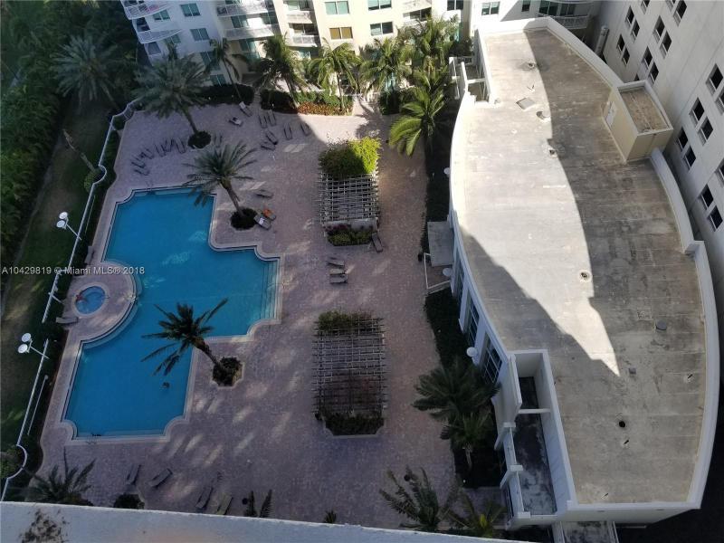 Imagen 15 de Residential Rental Florida>Hallandale>Broward      - Rent:2.100 US Dollar - codigo: A10429819