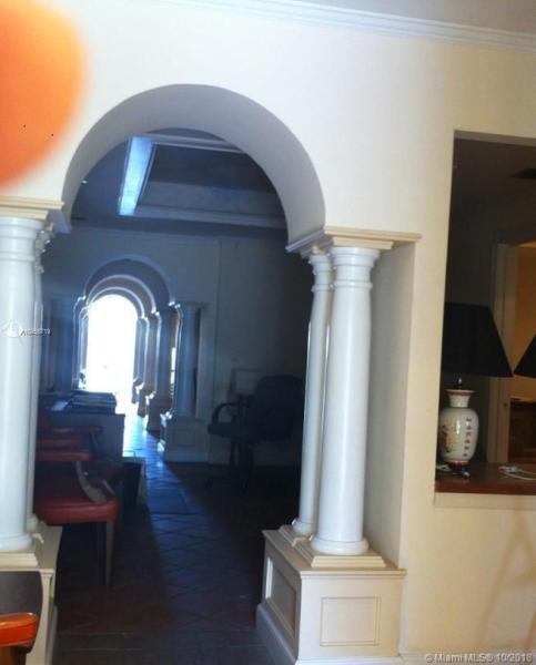 4539 Ponce De Leon Blvd, Coral Gables, FL, 33146