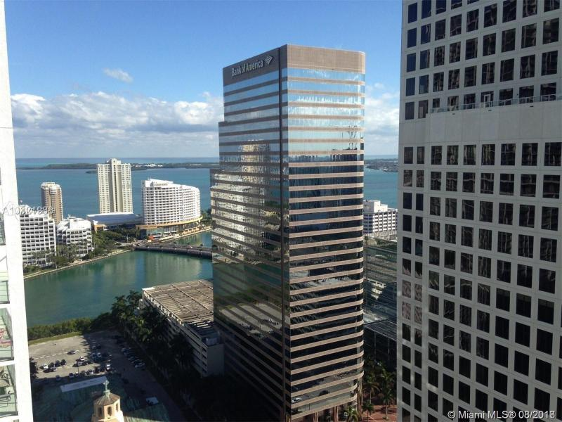 500 BRICKELL WEST