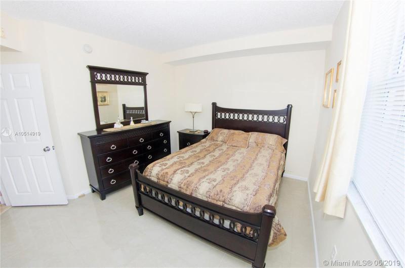 17125 N Bay Rd 3504, Sunny Isles Beach, FL, 33160