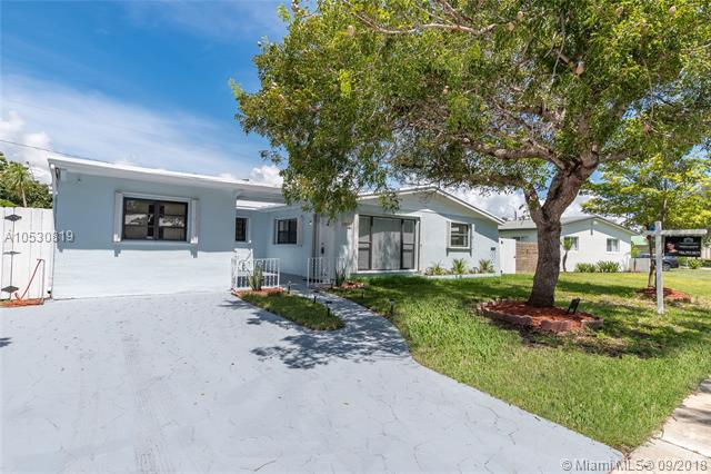 10125 SW 200th St , Cutler Bay, FL 33157-8630