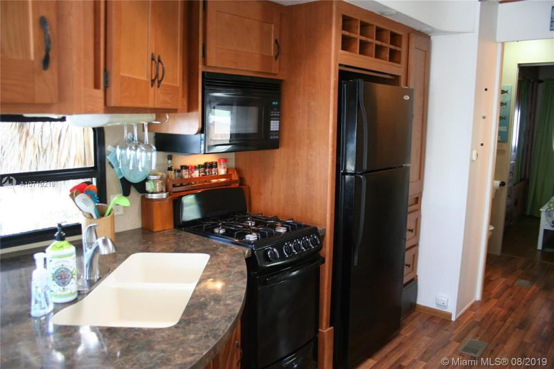 325 Calusa Street Unit 64, KEY LARGO, FL, 33037