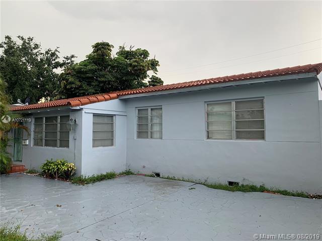 4051 NW 6th St,  Miami, FL