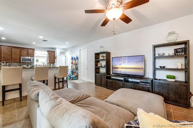 14745 SW 13th St, Pembroke Pines, FL, 33027