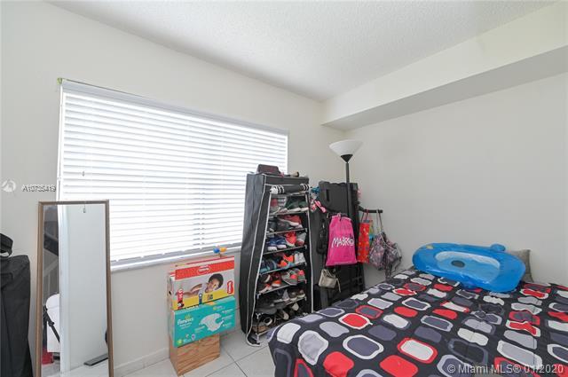 6625 W 24th Ct 11-4, Hialeah, FL, 33016