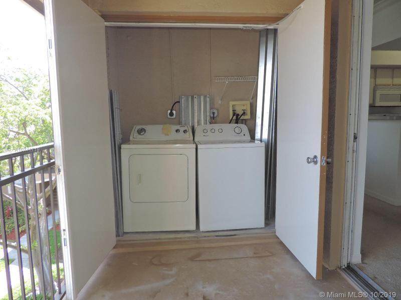 11600 SW 2nd St 18301, Pembroke Pines, FL, 33025