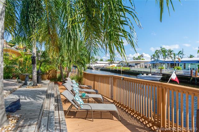 1420 NE 55th St,  Fort Lauderdale, FL