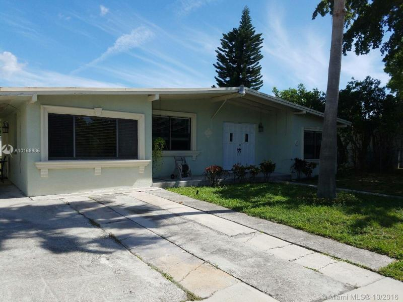 138 16th Ave , Pompano Beach, FL 33069