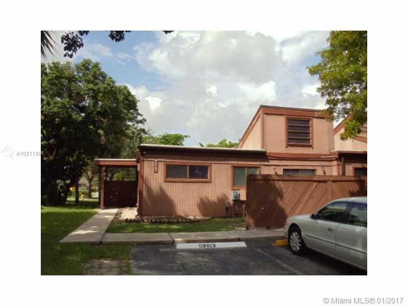 1712 74th Ave  Unit 28, Plantation, FL 33313