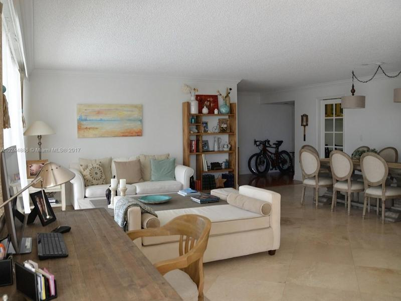 Real Estate For Rent 199   Ocean Lane Dr #305 Key Biscayne  FL 33149 - Commodore Club South Cond