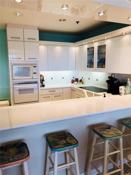 For Sale at  201   Crandon Blvd #927 Key Biscayne  FL 33149 - Key Colony - 2 bedroom 2 bath A10252686_5
