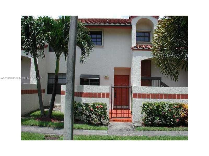 610  Lincoln Ct  Unit 610, Deerfield Beach, FL 33442-9113