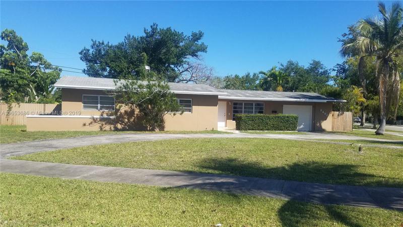 15800 90th Ave, Palmetto Bay FL 33157-1922
