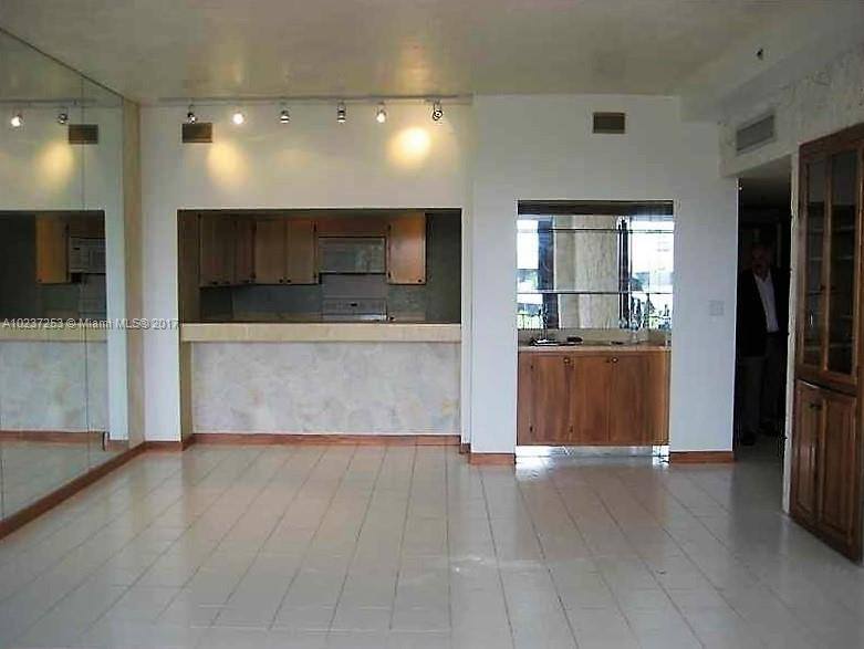 For Sale at  251   Crandon Blvd #402 Key Biscayne  FL 33149 - Ocean Sound - 2 bedroom 2 bath A10237253_3