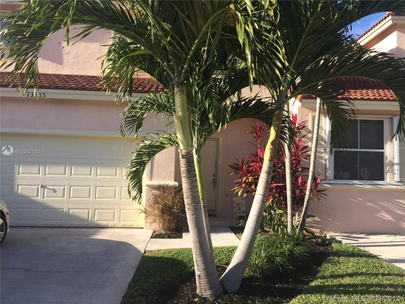 521 129th Way , Pembroke Pines, FL 33028