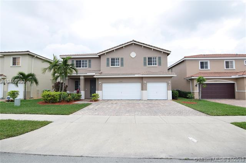 Single Family En Sale En Miami-Dade  , Miami Gardens, Usa, US RAH: A10403953