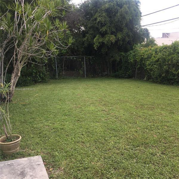 11720 SW 81st Rd  Pinecrest, FL 33156-4418 MLS#A10481953 Image 11