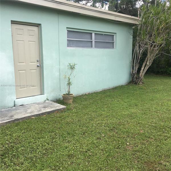 11720 SW 81st Rd  Pinecrest, FL 33156-4418 MLS#A10481953 Image 12