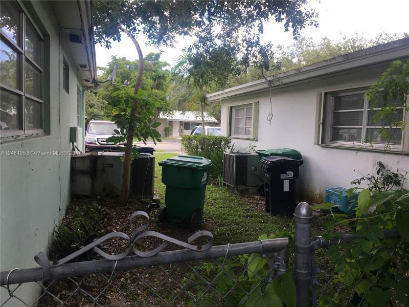 11720 SW 81st Rd  Pinecrest, FL 33156-4418 MLS#A10481953 Image 18
