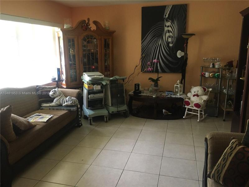 11720 SW 81st Rd  Pinecrest, FL 33156-4418 MLS#A10481953 Image 31