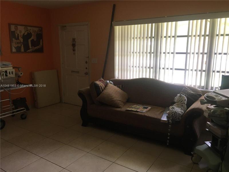 11720 SW 81st Rd  Pinecrest, FL 33156-4418 MLS#A10481953 Image 33