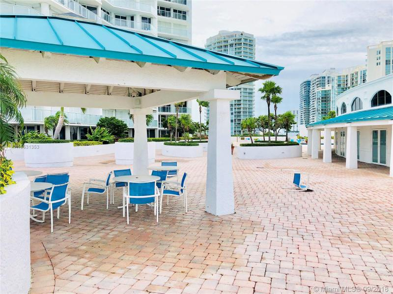 16445 Collins Ave PC-2, Sunny Isles Beach, FL, 33160