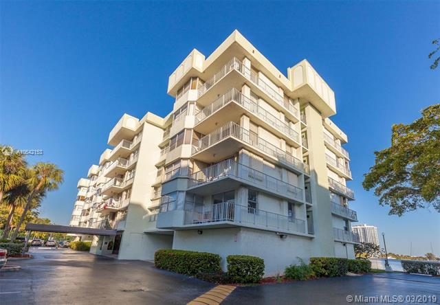 Photo of 16546 NE 26th Avenue #6E, North Miami Beach, FL 33160