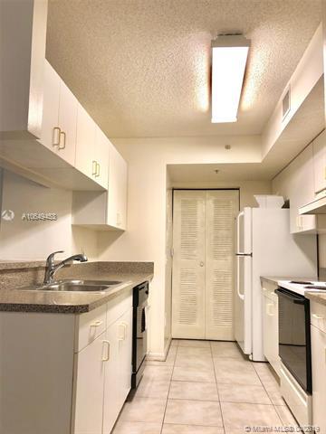 450 S Park Rd  Unit 5, Hollywood, FL 33021-8739
