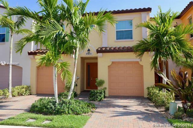 4542 Mediterranean Circle, Palm Beach Gardens FL 33418-