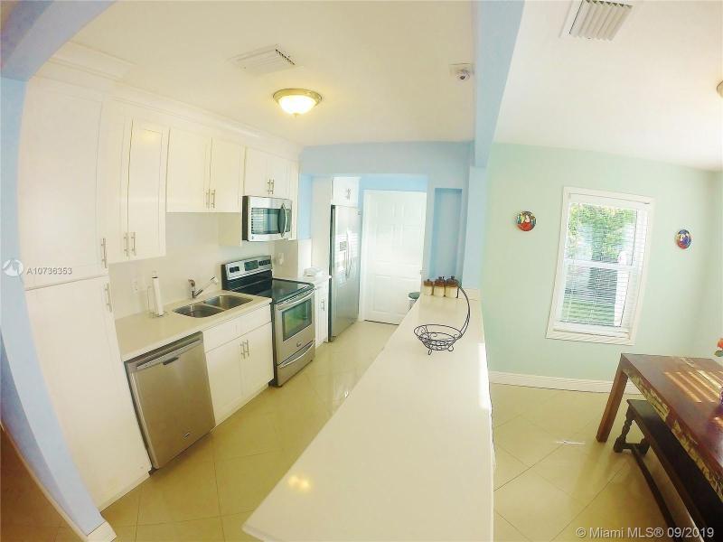 200 Carlisle Dr, Miami Springs, FL, 33166