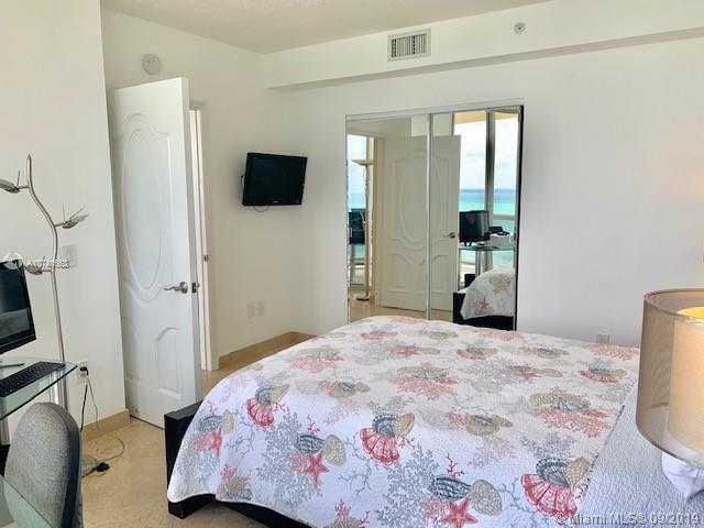 17555 Collins Ave 1503, Sunny Isles Beach, FL, 33160