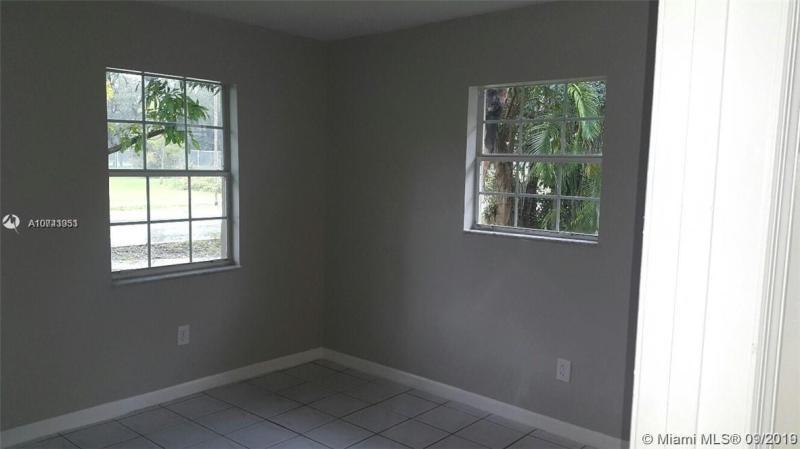 2506 NW 165th St, Miami Gardens, FL, 33054