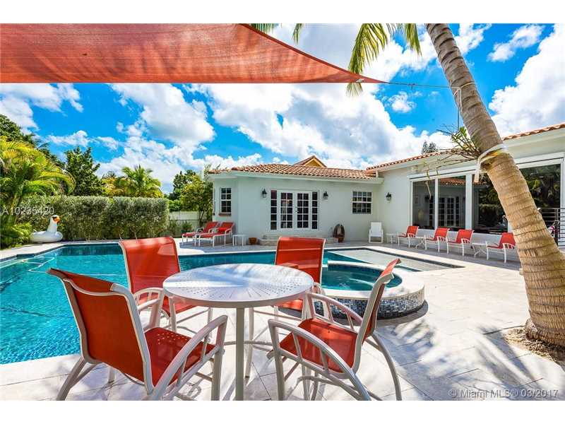 For Sale at  11063   Griffing Blvd Biscayne Park  FL 33161 - Griffing Biscayne Park Es - 4 bedroom 4 bath A10235420_17