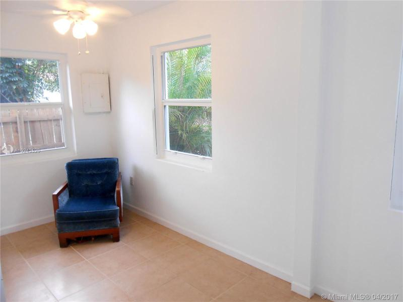 For Sale at  54 NW 106Th St Miami Shores  FL 33150 - Dunnings Miami Shores Ext - 3 bedroom 2 bath A10243520_20