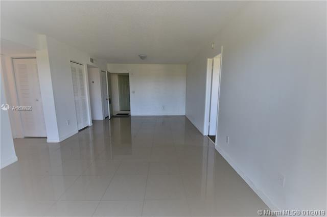 8260 SW 210th St  Unit 101, Cutler Bay, FL 33189-3471