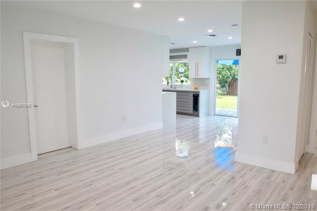341 NW 53rd Ct , Oakland Park, FL 33309-3252