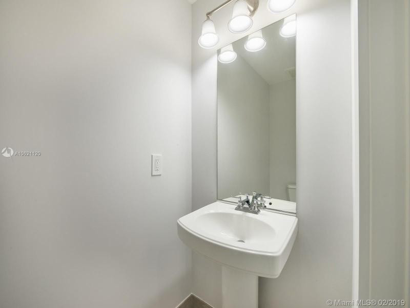 1300 Ponce De Leon Blvd 302, Coral Gables, FL, 33134