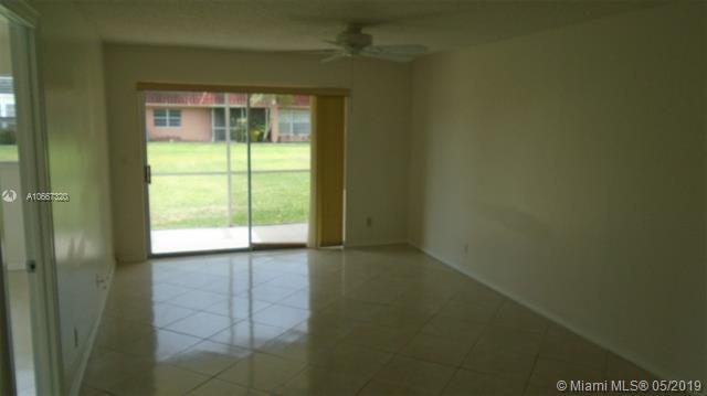 306  Lake Evelyn Dr  Unit 306 West Palm Beach, FL 33411-2035 MLS#A10667320 Image 5