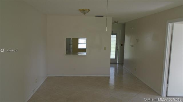306  Lake Evelyn Dr  Unit 306 West Palm Beach, FL 33411-2035 MLS#A10667320 Image 6