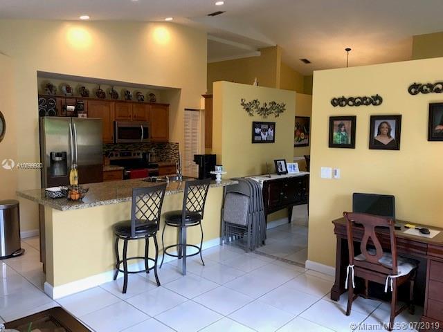 , Pembroke Pines, FL, 33025