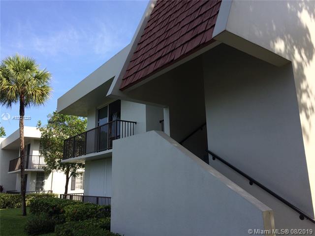 4009 N Cypress DR 205, Pompano Beach, FL, 33069