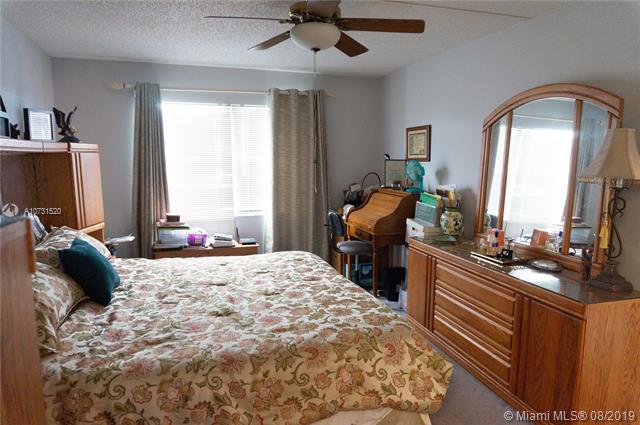 12900 SW 13th St 304E, Pembroke Pines, FL, 33027