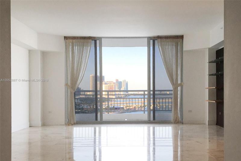 Condominium A10052887
