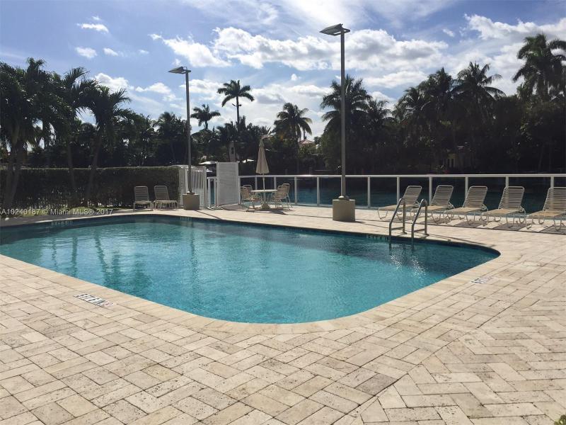 For Sale at  9800 W Bay Harbor Dr #612 Bay Harbor Islands  FL 33154 - Guildford - 1 bedroom 1 bath A10240187_9