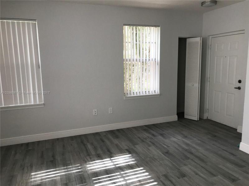 6760 Sample Rd, Coral Springs FL 33067-4280
