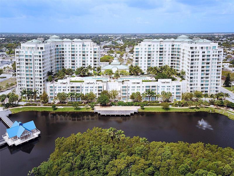 400 Federal Highway, Boynton Beach FL 33435-